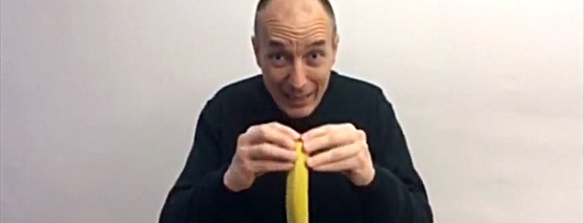 Come sbucciare la banana